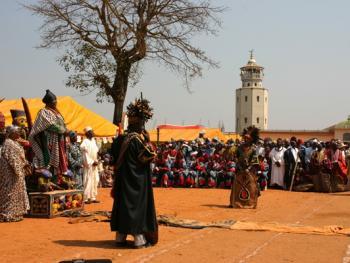 喀麦隆恩贡节