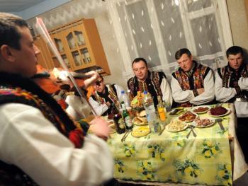 胡楚尔人的圣诞颂歌传统11