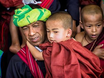 缅甸巴奥男孩入寺仪式仪式13