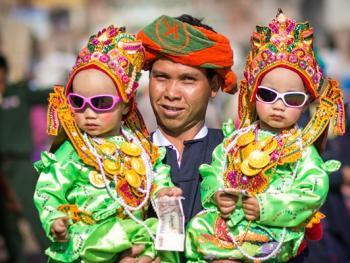 缅甸巴奥男孩入寺仪式