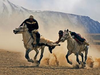 塔什库尔干叼羊