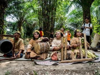 马默里人的祖先祭祀12