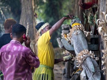 马默里人的祖先祭祀06