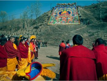 甘南藏族晒大佛11