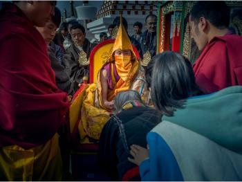甘南藏族晒大佛09
