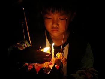 老挝水灯节11