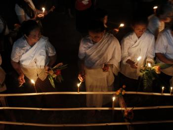 老挝水灯节