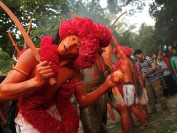 蒙希甘杰印度教徒迎新年的拉卡什06