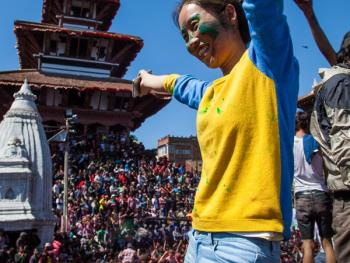 尼泊尔洒红节01