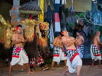 巴厘岛的巴龙舞