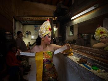 巴厘岛的巴龙舞06