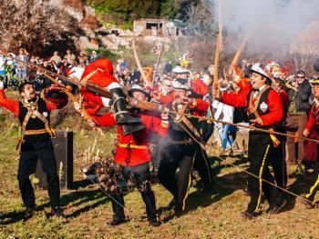 拉斯托沃岛波克拉德狂欢节