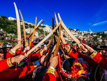 拉斯托沃岛波克拉德狂欢节12