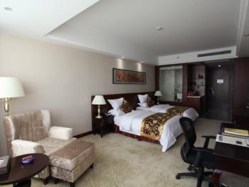 房间豪华双床房